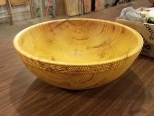 Osage orange salad bowl by Tony Rozendaal