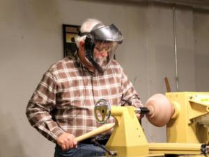 Vacuum chucking - finishing the bottom of the bowl