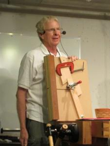 Art Bartlett Shows his segmenting sled